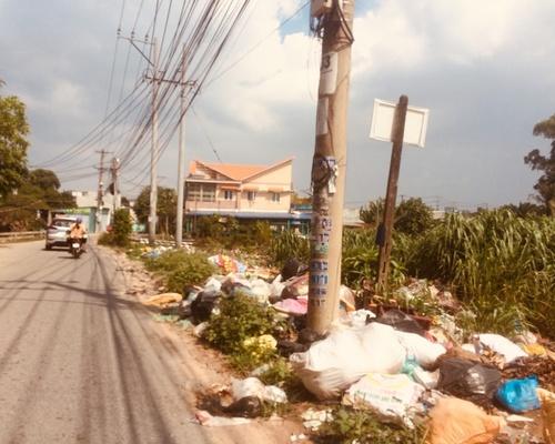 Bãi rác tự phát